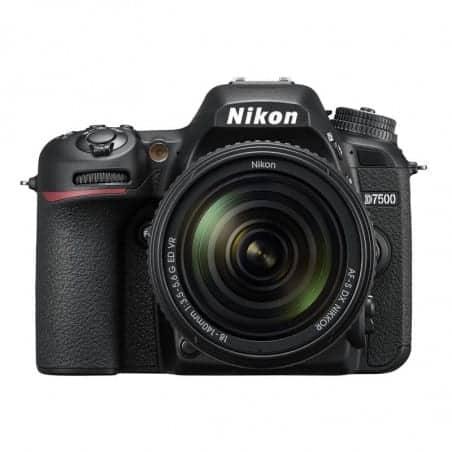 NIKON D7500 + 18-140 VR